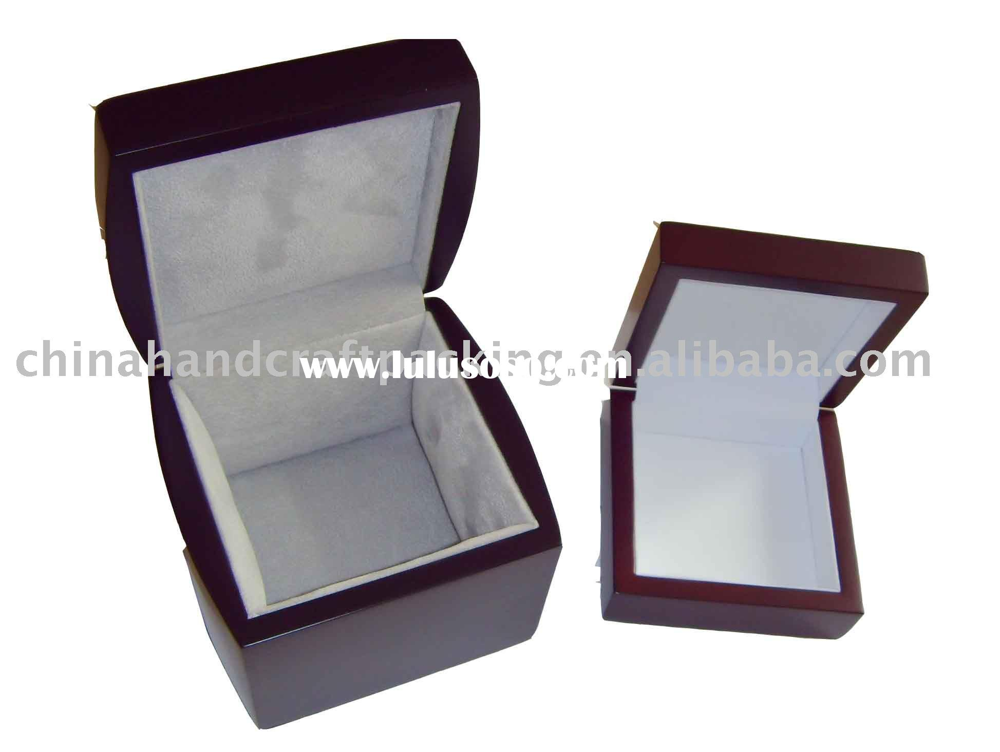 wooden jewelry boxes with velvet lining
