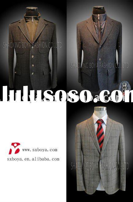 2011 MEN'S SUIT WITH LEATHER PATCH