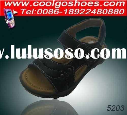 2011 new designs boy sandals factory