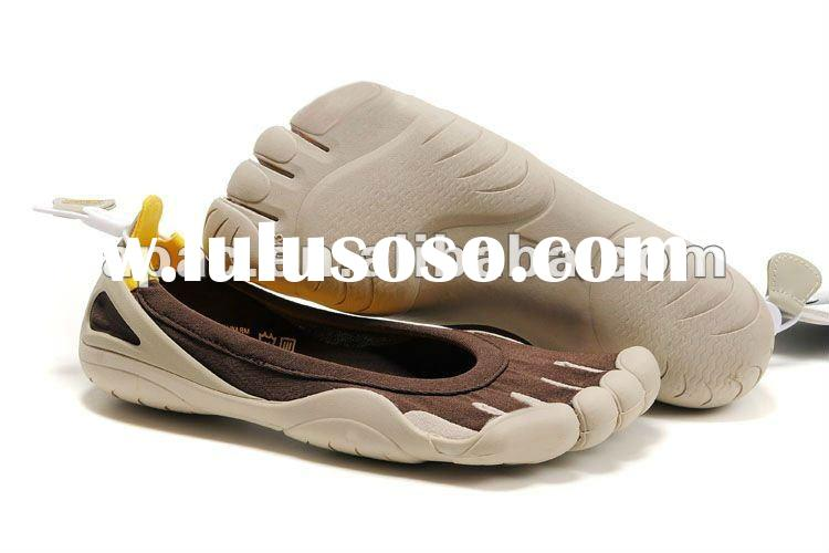 Avialble color size finger shoes for men and women
