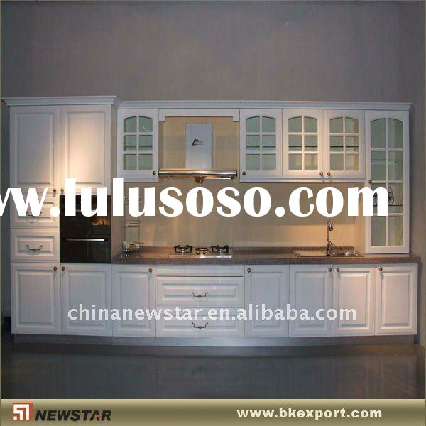 Antiquing white kitchen cabinets antiquing white kitchen for Canadian made kitchen cabinets