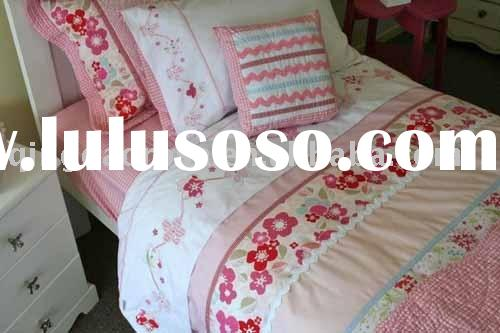 Girl's Bedding Set / Olivia Collection