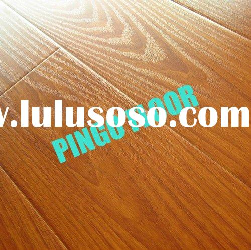 Real Wood Grain Surface Laminate Wooden Flooring