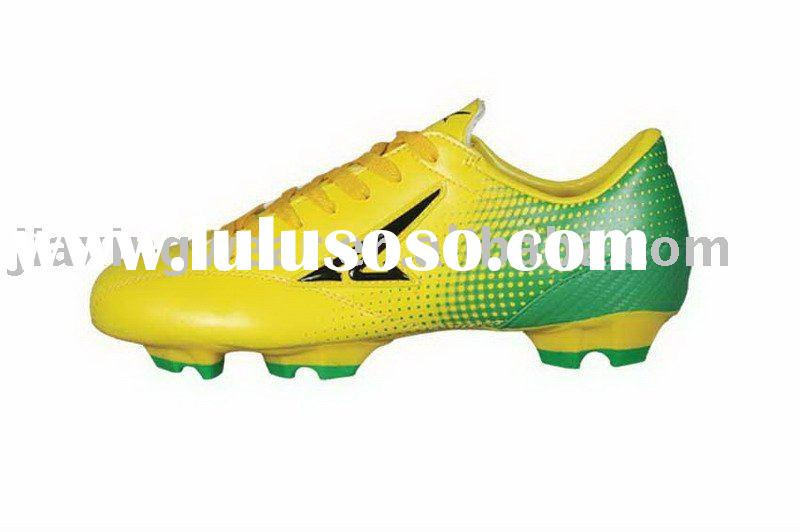 Wholesale football shoes, men's soccer shoes in various sizes