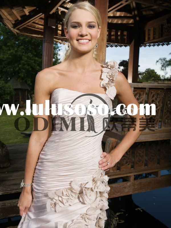 2012 Popular White One-Shoulder Taffeta Wedding Dress