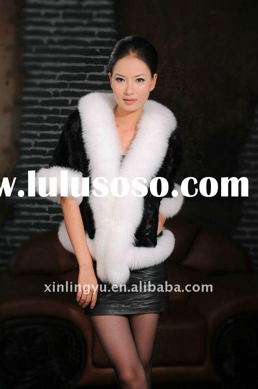 2012 new style women black and white coat with fox fur ; high quality