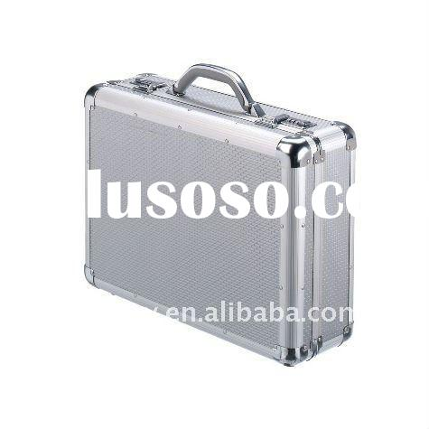 "Aluminum Men's Briefcase/ Attache Case,/17"" Hard-Sided Laptop Case"