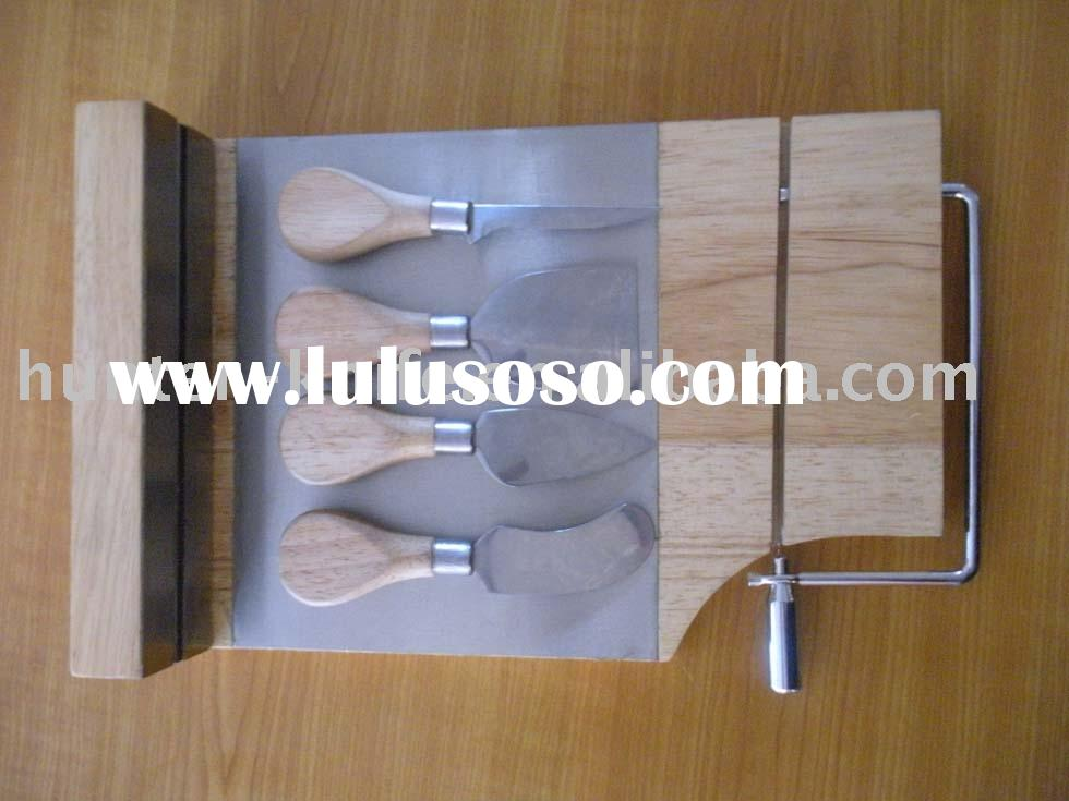 Cheese Knife Set With Wooden Cutting Board