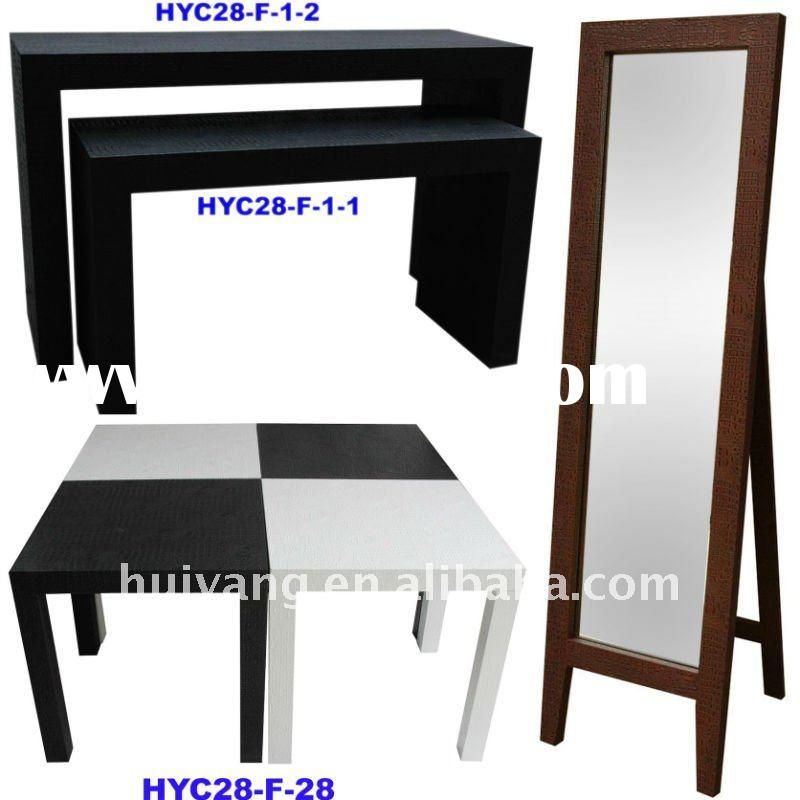 Elegant console table with mirror