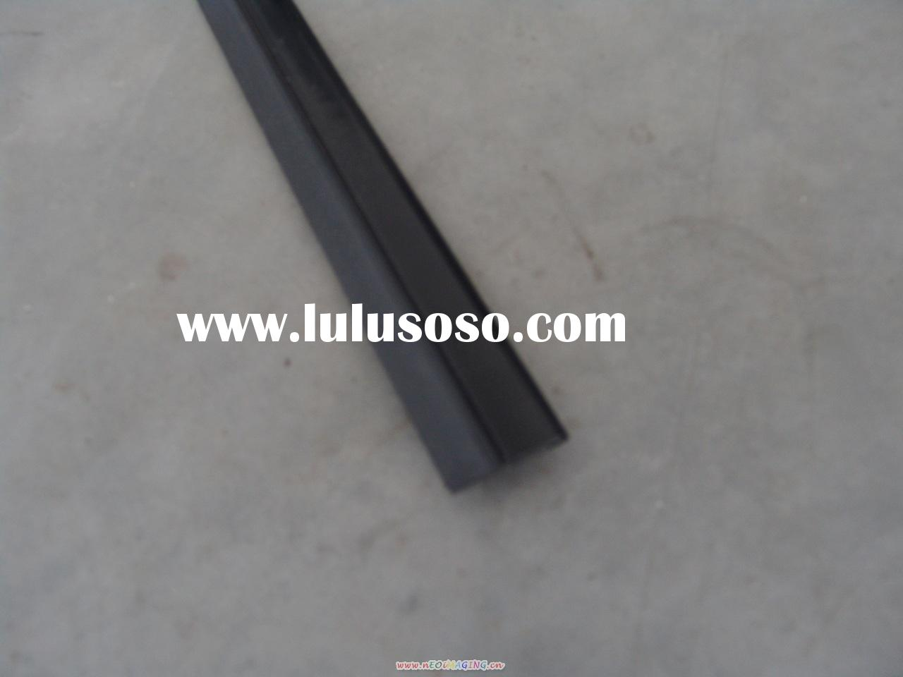 Garage Door Hardware(Rubber bottom seal MH055)