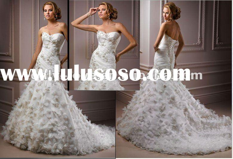 Strapless lace up wedding dress strapless lace up wedding for Heart shaped mermaid wedding dresses
