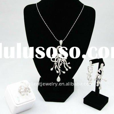925 silver jewelry set (earrings,rings and pendant)