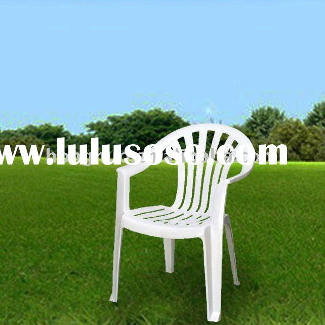 HNC101 White Plastic Stacking Chairs