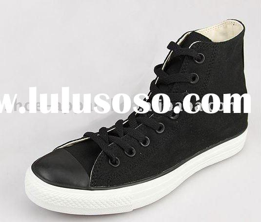 high top canvas skate shoes