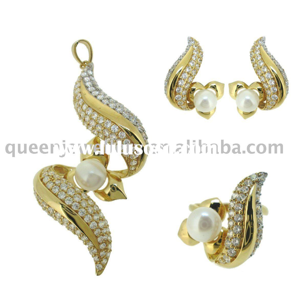pearl jewelry set in 18k solid gold jewellery with cz QPH039
