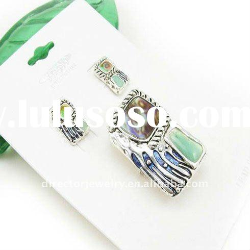 Fashion costume jewelry unique elegant silver plating shell alloy necklace set