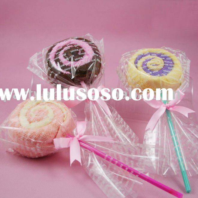 wedding door gift lollipop towel cake