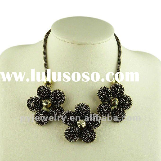 2012 Alloy Flower Pendant Collar Necklace, Fashion Ladies Jewelry