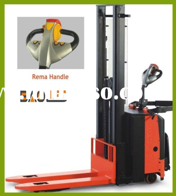 2012 new type battery Electric stacker 1500kgs for high lifting 4500 mm power battery forklift jack