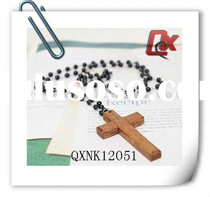Bead necklace with cross pendant (QXNK12051)