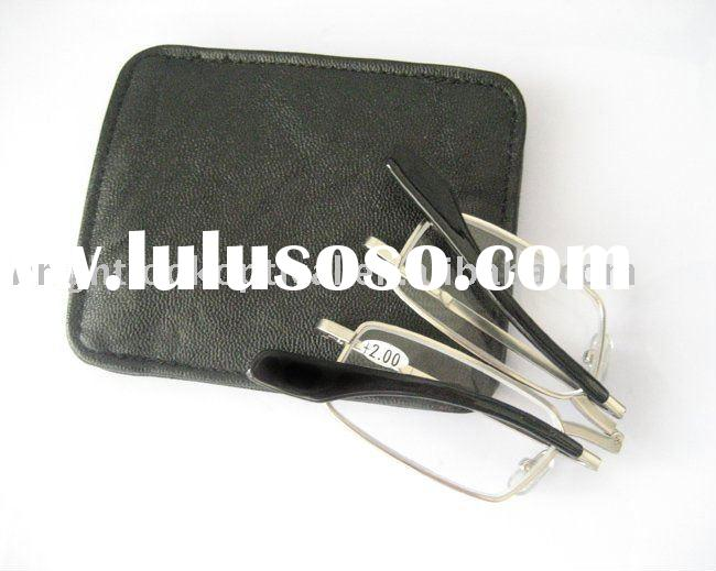 Folding reading glasses with case (R0386)