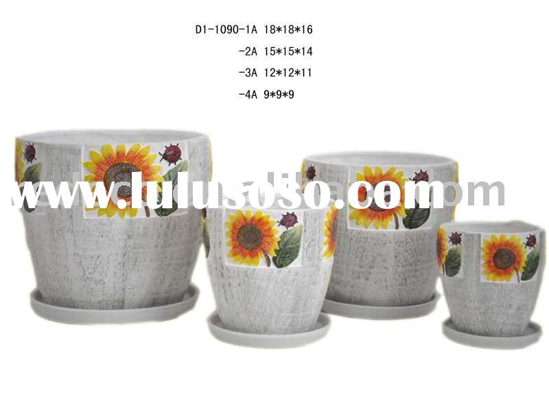 Mini flower pot with saucer