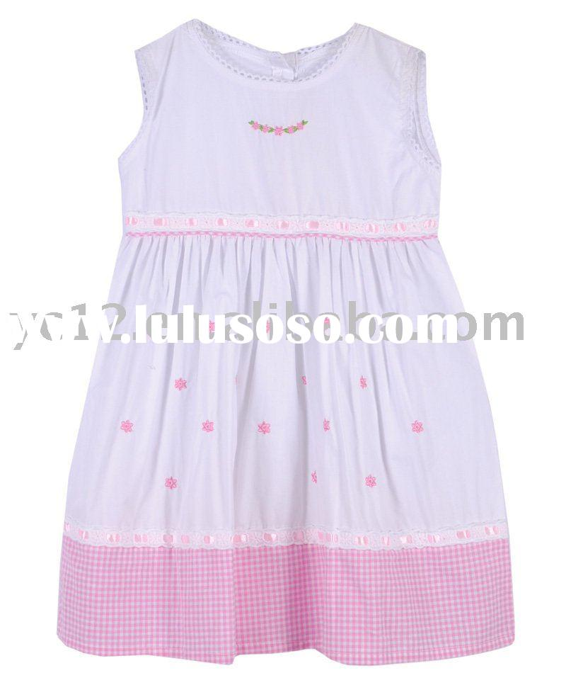Plain Round Neck Cotton Embroidery Sleeveless Plaid Hit Children Frocks Designs