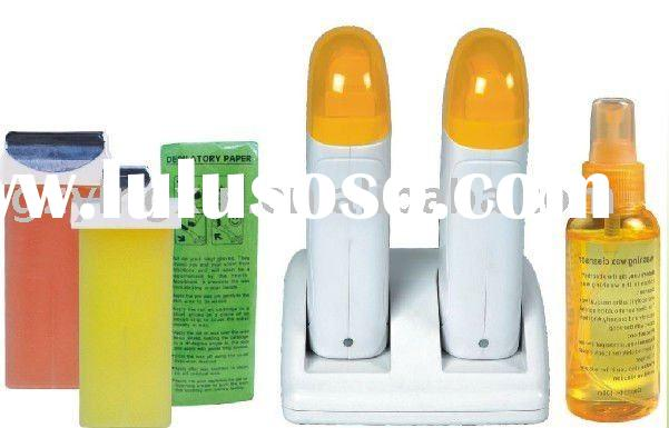 Single hand held roller depilatory wax heater