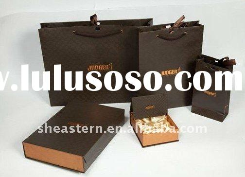 paper gift bags and boxes