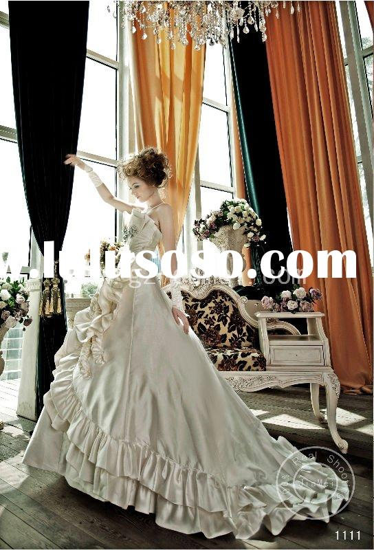 wedding gown retro dress Wedding dress beads lace ribbons ruched crystal