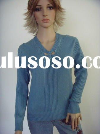 2011 new fashion V neck sweater knitting pattern for woman
