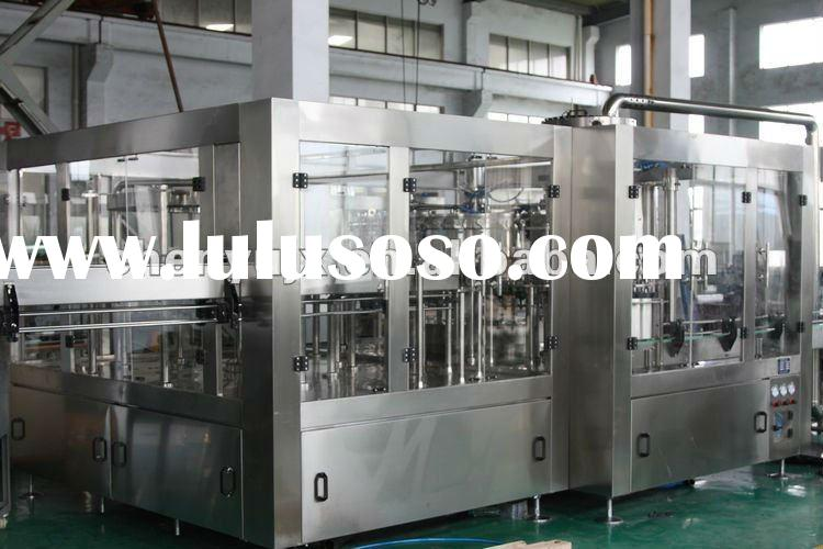 Carbonated beverage filling machine/filling line