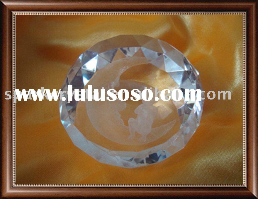 3D laser engraved crystal paperweight diamond shape