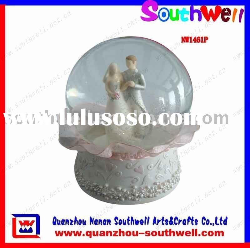 Polyresin Wedding Snow Globe Souvenir Gifts