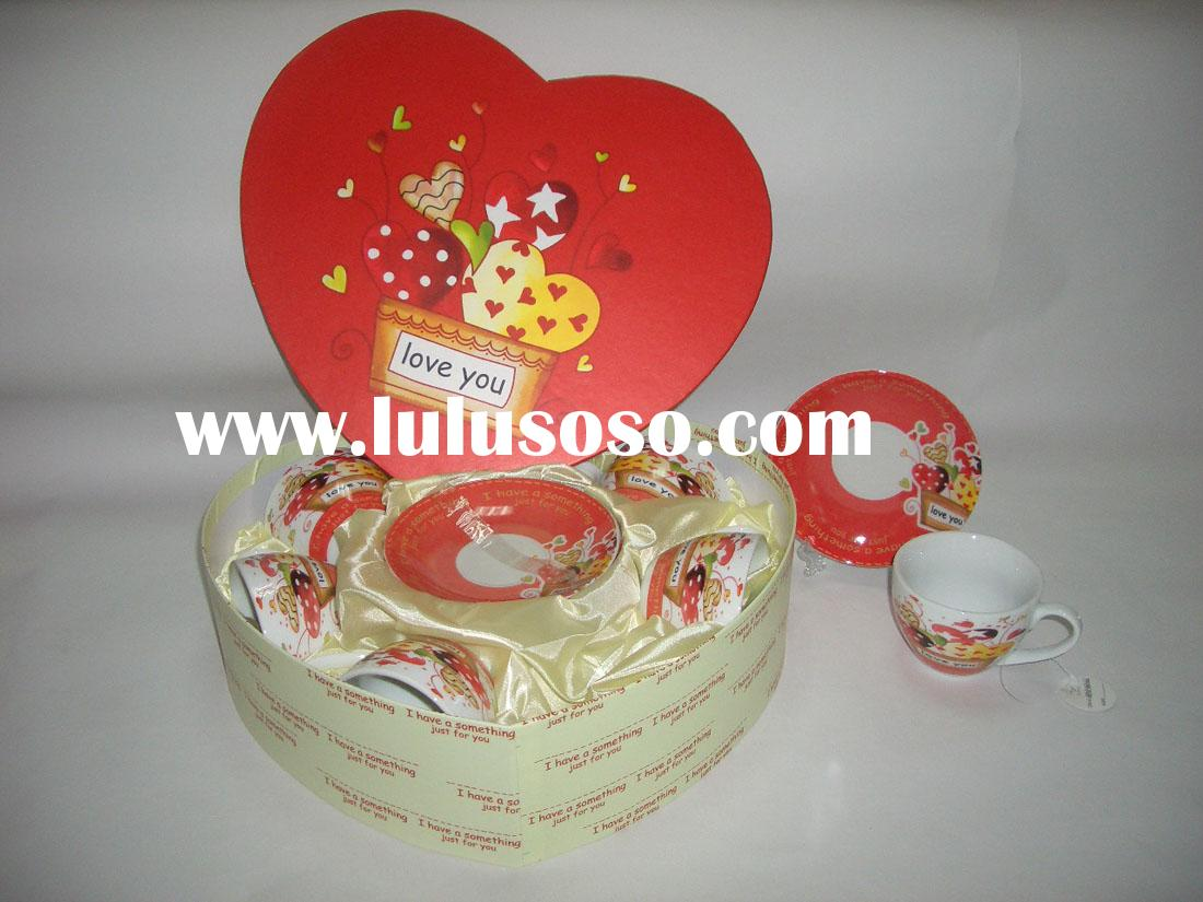 Set of 6 (220cc)tea cup and saucer in heart gift box