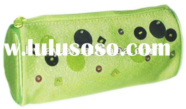 Simple and cheap Fabric pencil case design for teenagers