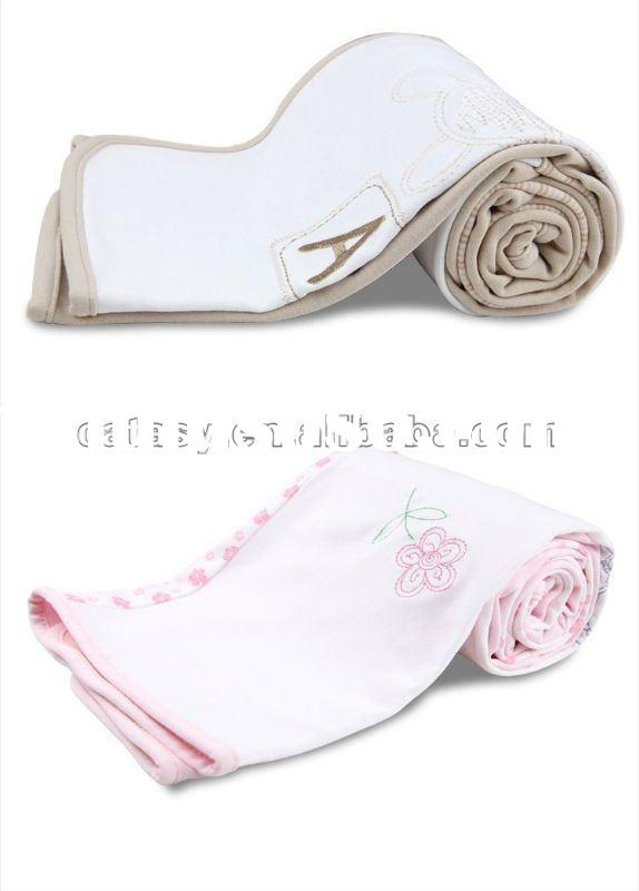 Top quality Cute 100% Cotton quilted baby blanket soft&free OEM