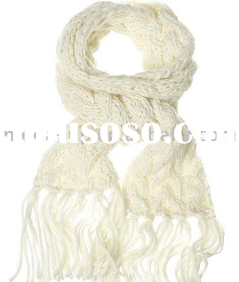 acrylic fashion white hand knitted scarf