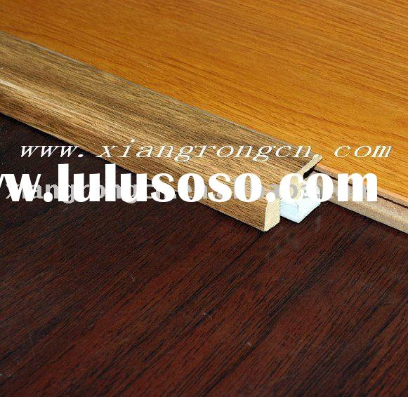 Laminate flooring end molding