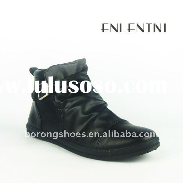 young men fashion shoes