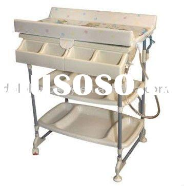 Baby Diego Sleek Baby Bath and Plastic Changing Table