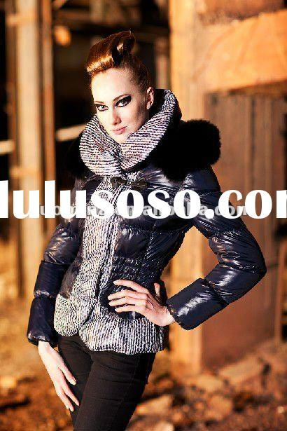 Fashion Women Coat with fur collar in Factory Price