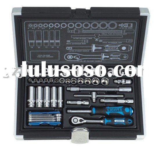 "LICOTA 32 PCS 1/4"" DR. 60T Socket Set And Torx Key Wrench Set"