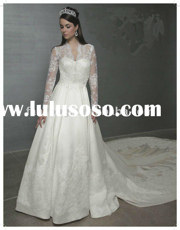 OEM popular royal style long lace sleeve A-line white wedding gown