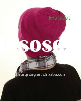 fashion Knitted acrylic beanie with Embroidery Logo