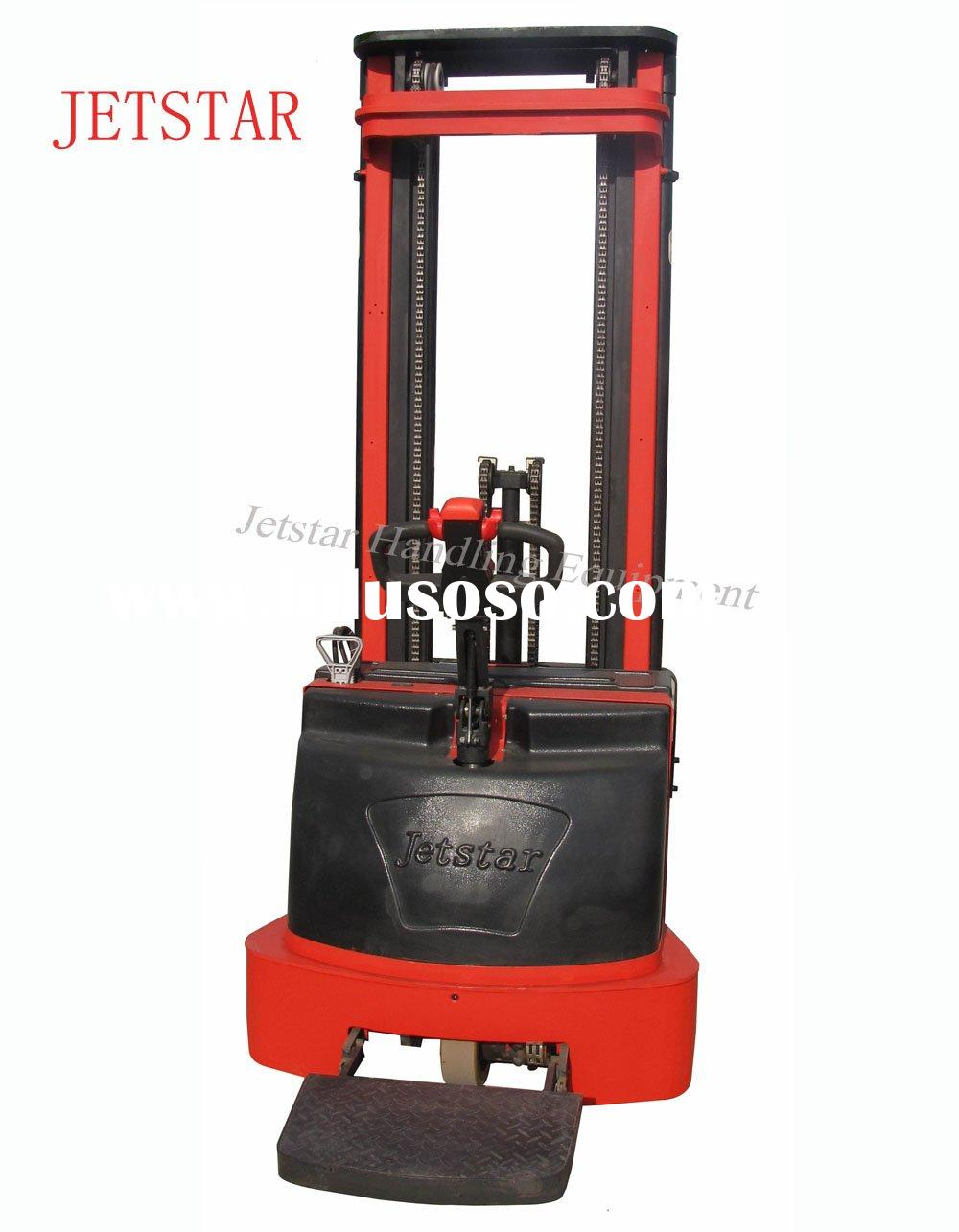 Electric Lift Truck for stacking pallets