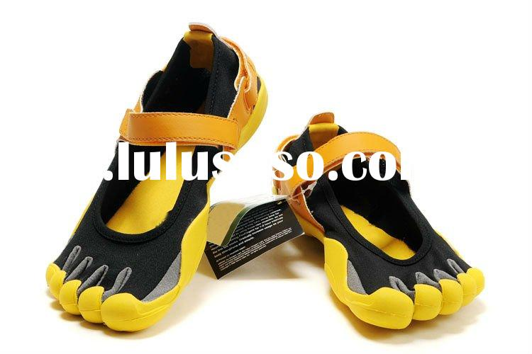 accept paypal,2011 hot selling wholesale 2011 new climbing shoes