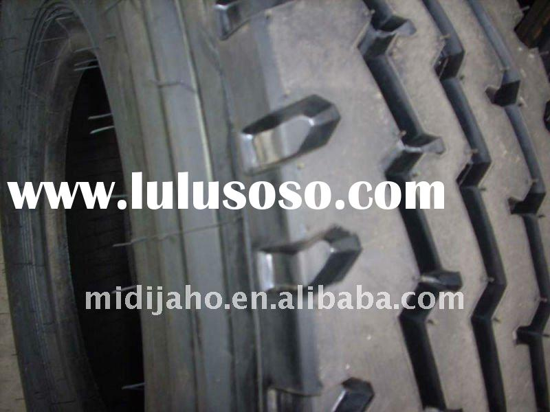 12 R 22.5 retread tires for truck with hot retreading