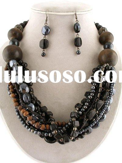 CHUNKY BLACK LAYERED WOOD GLASS BEADS NECKLACE SET