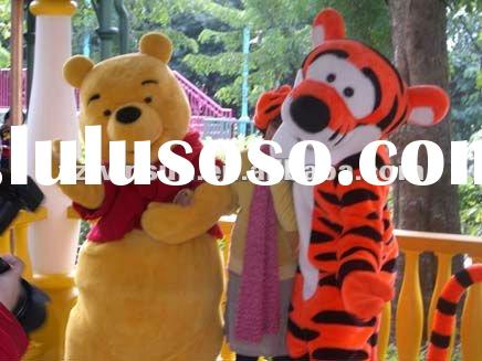 Moving cartoon---Winnie the Pooh cartoon costumes